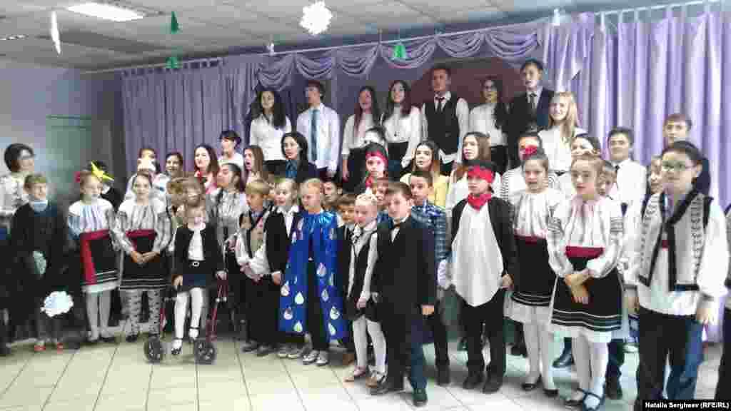 Piesă de teatru realizată de elevii de la liceul Pro-Succes