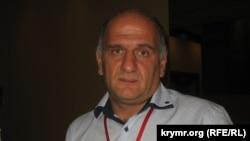 Член Парламенту Грузії трьох скликань, засновник національного руху «Вільна зона» Коба Хабазі