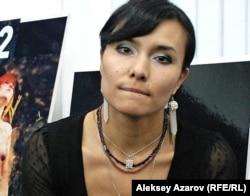 """""""12"""" жобасының бастамашыларының бірі Анастасия Ахметова. Алматы, 23 қараша 2011 жыл."""