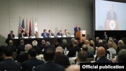 Премьер-министр Армении Никол Пашинян выступает на бизнес-форуме Лос-Анджелес-Армения, 23 сентября 2019 г․
