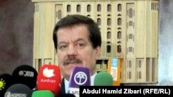 رئيس برلمان إقليم كردستان العراق كمال كركوكي يتحدث في مؤتمر صحفي بأربيل