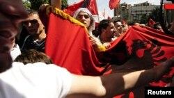 Архивска фотографија: Протест на албански невладини организации во Скопје во мај 2010 година.