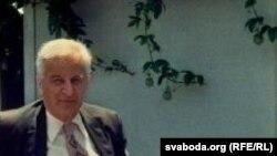 Антон Адамовіч, 1977
