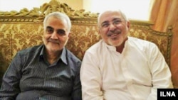 Iranian foreign minister Javad Zarif (R), meeting with the senior military officer in the IRGC and the commander of Quds Force Ghasem Soleimani (reportedly in late May 2017).