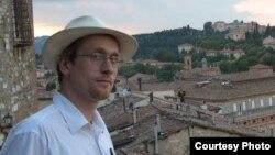 Андрей Заякин во время работы в итальянском городе Перуджа, 2011 год