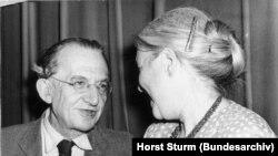 Gyorgy Lukacs și Anna Seghers, 3 iulie 1952