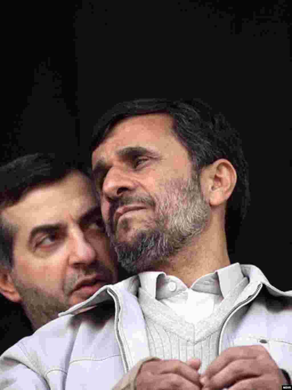 Iran -- Esfandiar Rahim-Mashaei; Iran's vice president (L) & Iranian president Mahmud Ahmadinejad, undated
