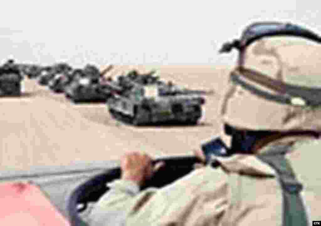 Iraq -- Tanks with driver #rferl.org#
