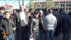 Акция протеста работников птицефабрики «Siyəzən Broyler»