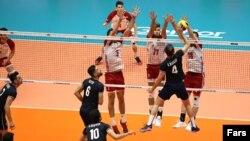 تیم ملی والیبال ایران موفق شد در ارومیه تیم ملی لهستان را با نتیجه ۳ بر ۲ شکست دهد
