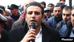 Amenia - Artak Khachatrian, a Prosperous Armenia Party activist, addresses small business owners protesting in Yerevan, 29Jan2015.
