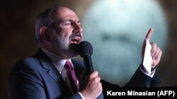 ARMENIA -- Armenian acting Prime Minister Nikol Pashinian delivers a speech during a rally in central Yerevan, June 21, 2021