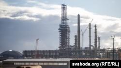 """Нефтеперерабатывающий завод """"Нафтан"""" в Витебской области"""