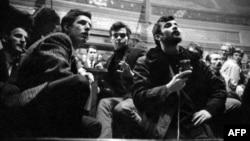 Студенты в Сорбонне в мае 1968 года