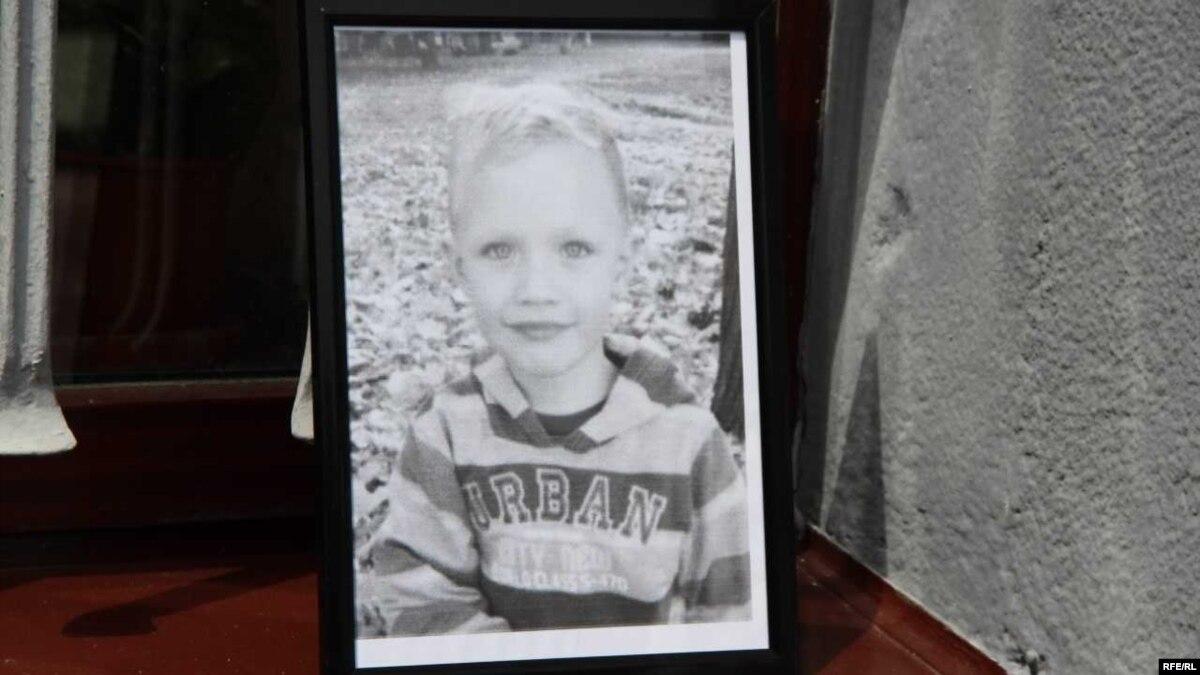 Суд продлил арест обвиняемым по делу об убийстве 5-летнего мальчика на Киевщине