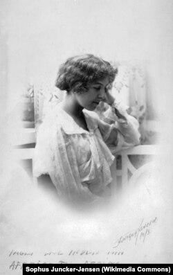 Карен Бликсен, 1913 год