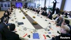 Під час саміту, Брюссель, 7 березня 2016 року