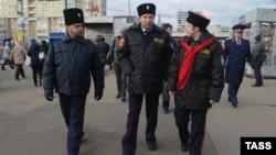 «Казаки» в Москві патрулюють вулиці у листопаді 2012 року (ілюстраційне фото)