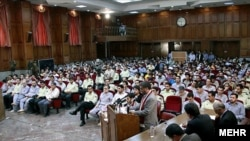 نخستین جلسه دادگاه معترضان در روز شنبه