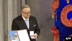 Последним лауреатом Нобелевской премии мира стал в прошлом году Марти Ахтисаари