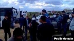 Молодежноеда полиция кырымтатарларны тоткарлый