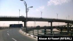 مجسر ثورة العشرين في النجف (من الارشيف)