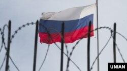 Крым обносят заборами