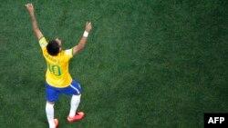 نیمار دو گل برای برزیل زد