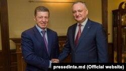 Dmitri Kozak și Igor Dodon, în una din vizitele președintelui moldovean la Moscova. 29 ianuarie 2019