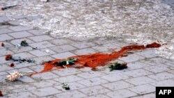 Палмеге кол салуудан кийин. Стокголм, 28-февраль 1986-жыл