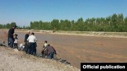Жалал-Абад облусундагы дарыя жээгин бекемдөө иштери.