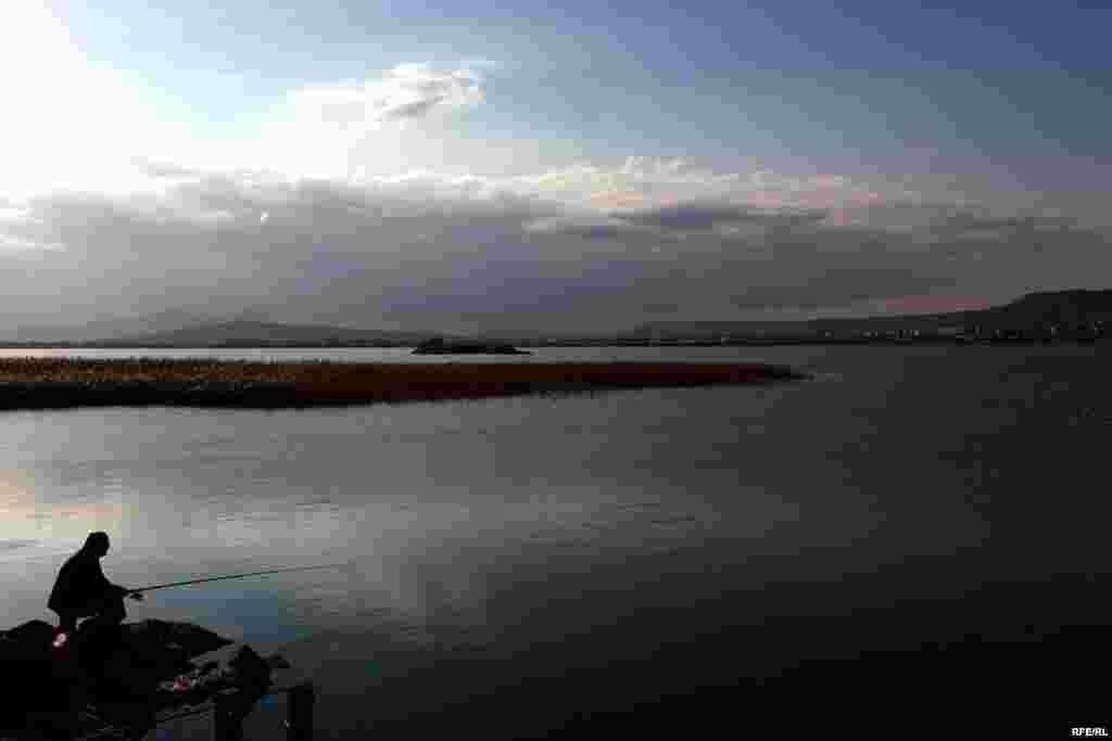 "Qurudulan ""Lökbatan gölü"" #7"