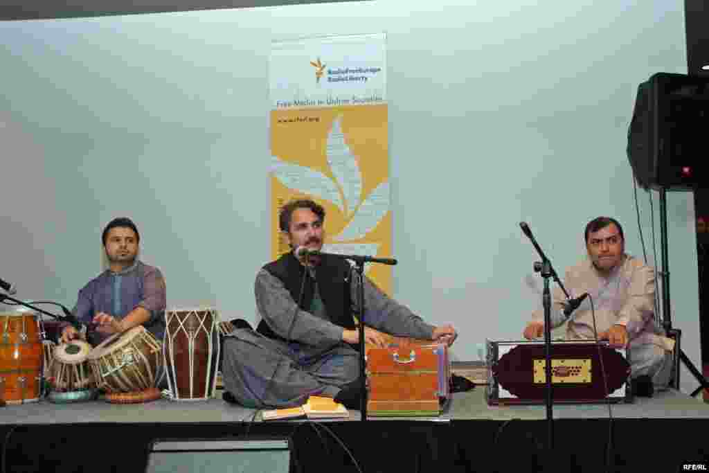 Attendees at RFE's 60th anniversary celebration in Washington, DC were treated to performance of traditional Pashtun folk songs by Haroon Bacha.