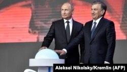 Путин и Мирзиеев подписали 800 соглашений на $27 млрд