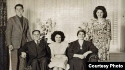 "Armenian ""Titanic"" survivor Neshan Krekorian (seated left) with his wife, Persape (seated right), daughter Angie (center), son George (left), and daughter Alice."