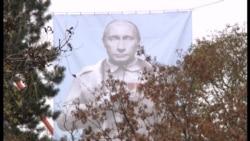 Vladimir Putin Stalin qiyafəsində