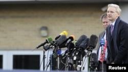 Швеция может, вопреки опасениям Эссанжа, и не выдать его американцам - просто потому, что он им не очень нужен