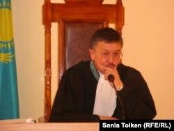 Судья Максат Бейсембаев. Актау, 2 августа 2012 года.