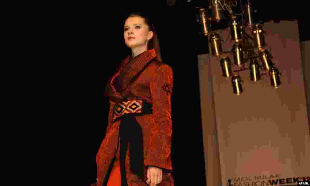 Осенняя Неделя моды-2012 #4