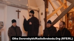 Українські священики