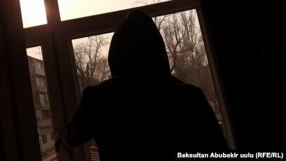 Порно Видео Изнасилование В Бане
