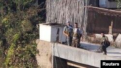 گروهی از شبهنظامیان جبهه خلق برای آزادی فلسطین در جنوب بیروت