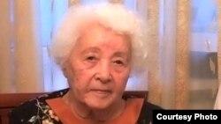 Гүлнар Дулатова. Алматы, 24 мамыр 2010 жыл.