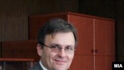 Заменик министер за надворешни работи Зоран Петров