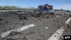 Поблизу Луганського аеропорту, липень 2014 року
