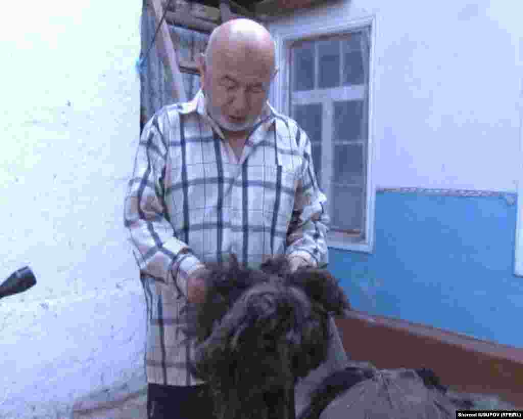 Kyrgyzstan - Osh master felt Isroiljon Isokov