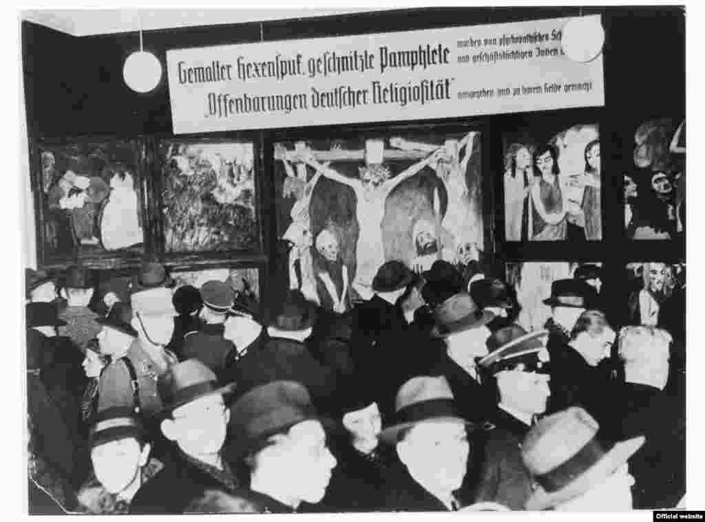 "Tripticul ""Viața lui Isus"" (1911/12) la expoziția ""Entartete Kunst""."