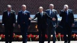 Președintele Igor Dodon la Moscova, la parada de Ziua Victoriei, găzdită de președintele rus Vladimir Putin, 24 iunie 2020