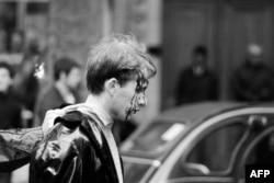 Fransa - Parisdə həbs edilən tələbə. May, 1968
