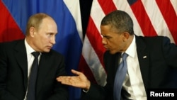 Mexico -- US President Barack Obama meets with his Russian counterpart Vladimir Putin in Los Cabos, 18Jun2012